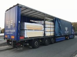LKW mit 23 Raummeter Holz
